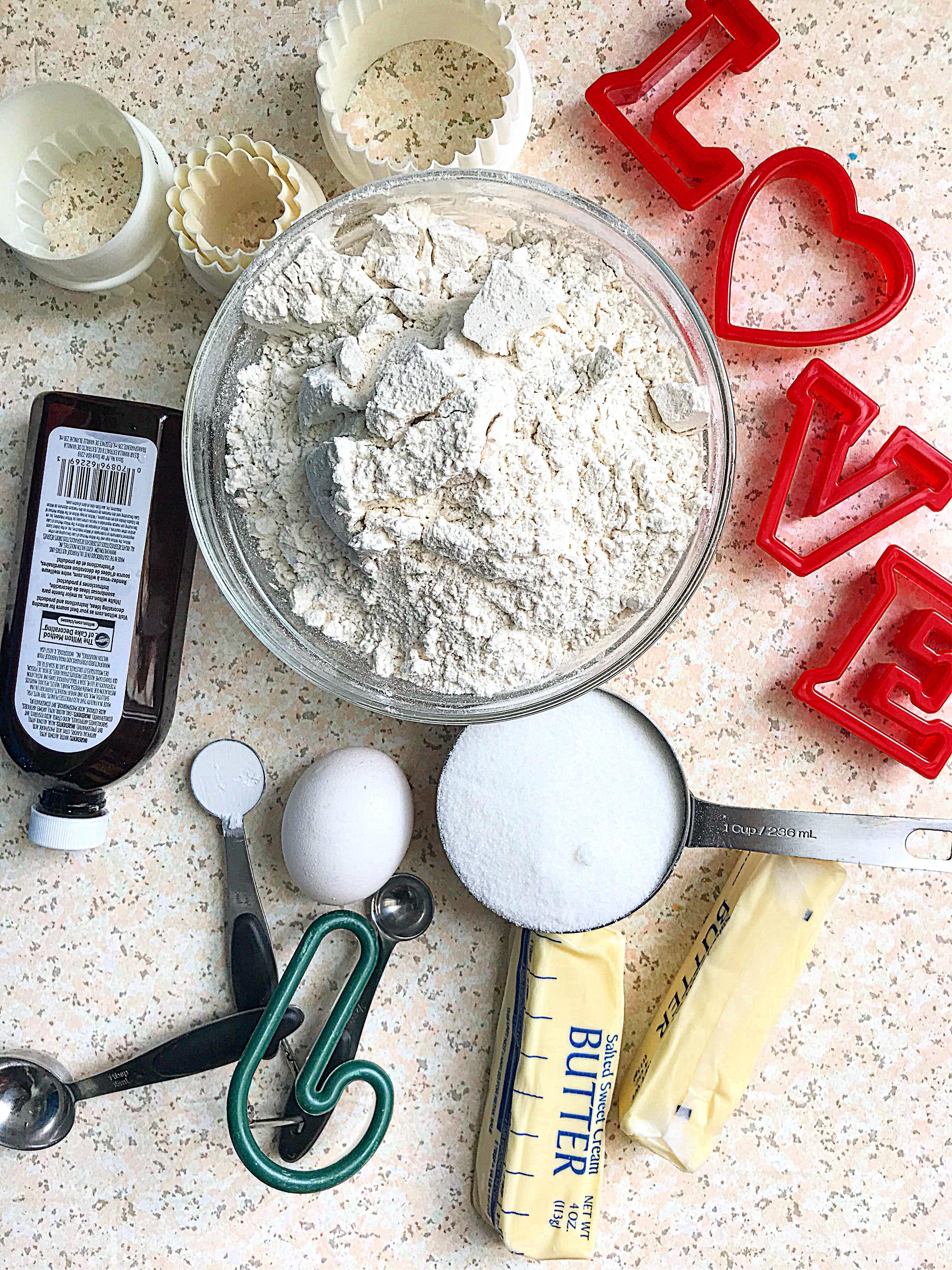 ingredients to make the best sugar cookies