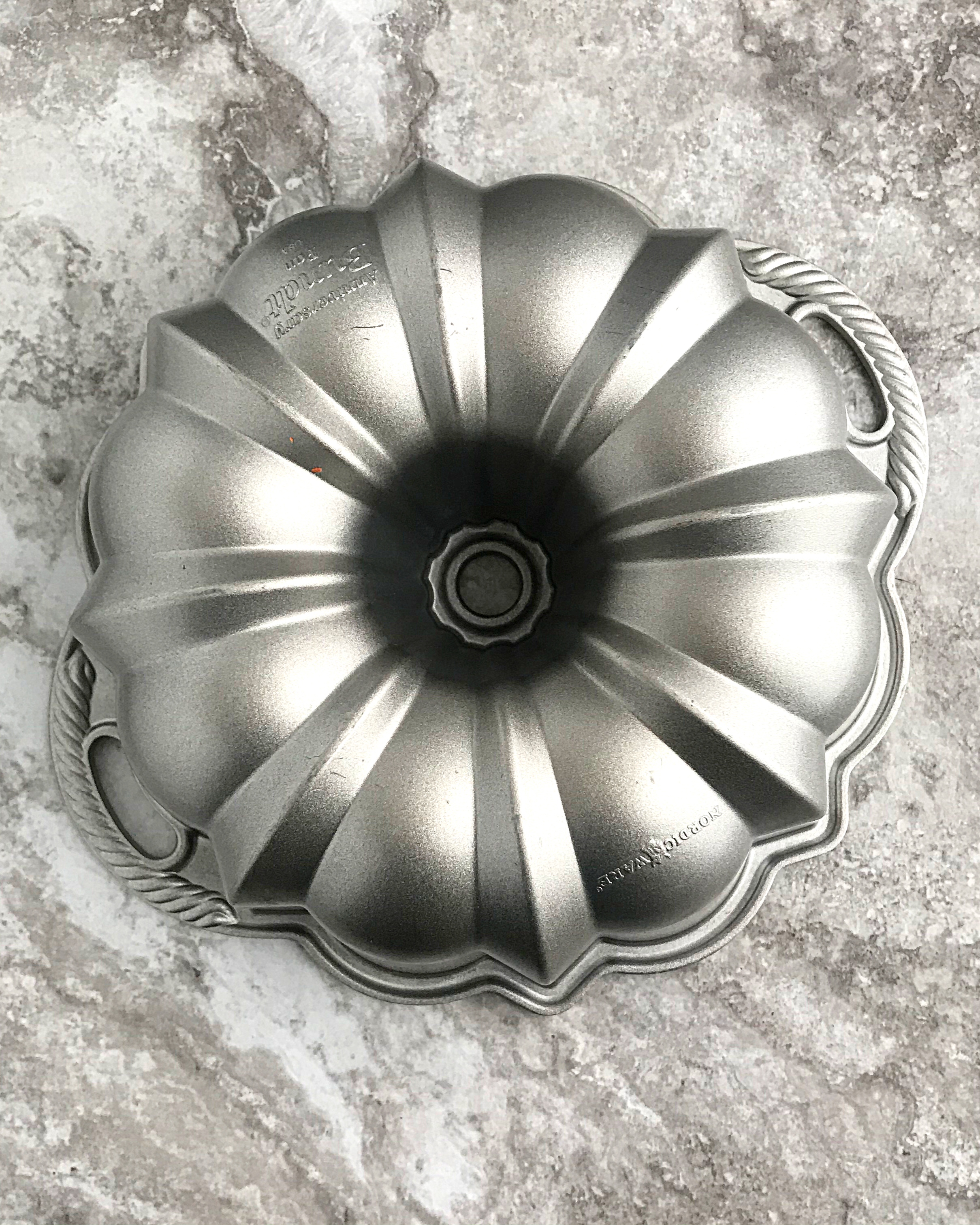 a bundt pan turned right side down