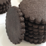 stacked round chocolate cookies